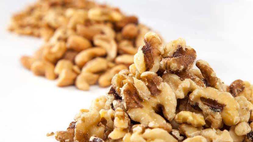 The 5 Nuts Fit People Eat