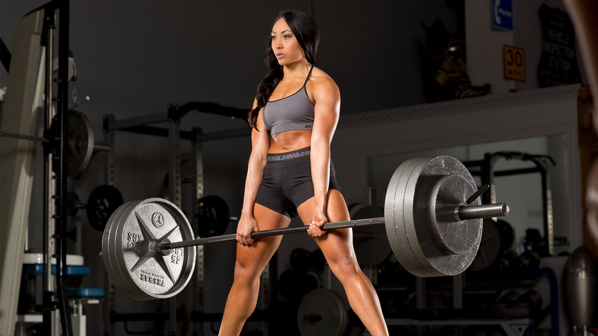 weight lifting naked women