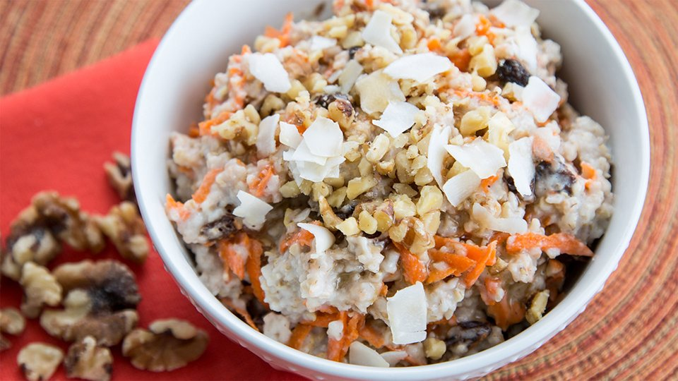 Carrot and Walnut Oats