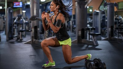 Perfect Legs: Karina Baymiller's High-Rep Plyometric Leg Workout