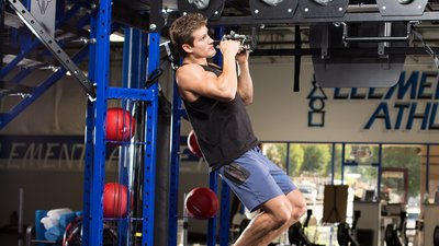 Try This Ufc Fighters Back And Biceps Workout