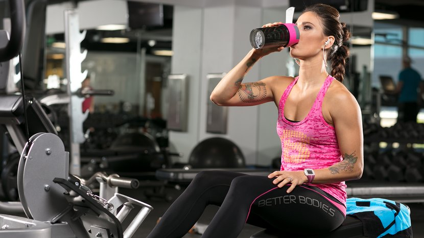 Are BCAAs Or Whey Protein Better During Training?