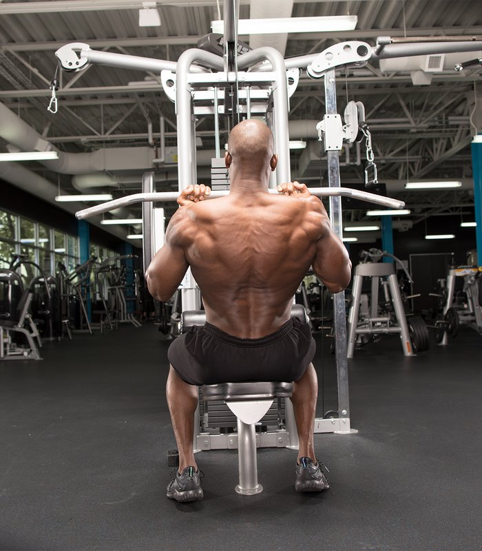 Reverse Close-Grip Lat Pull-Down