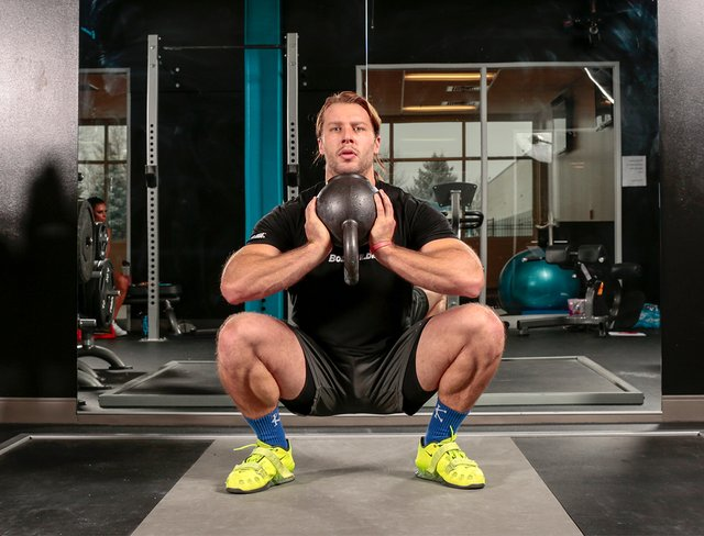 Wide-Stance squat