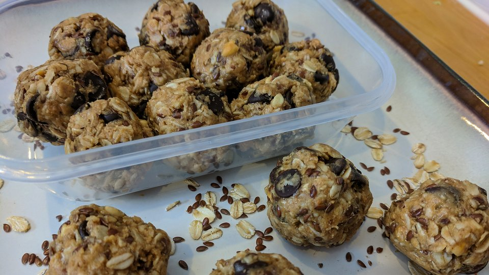 Peanut Butter Protein Energy Balls