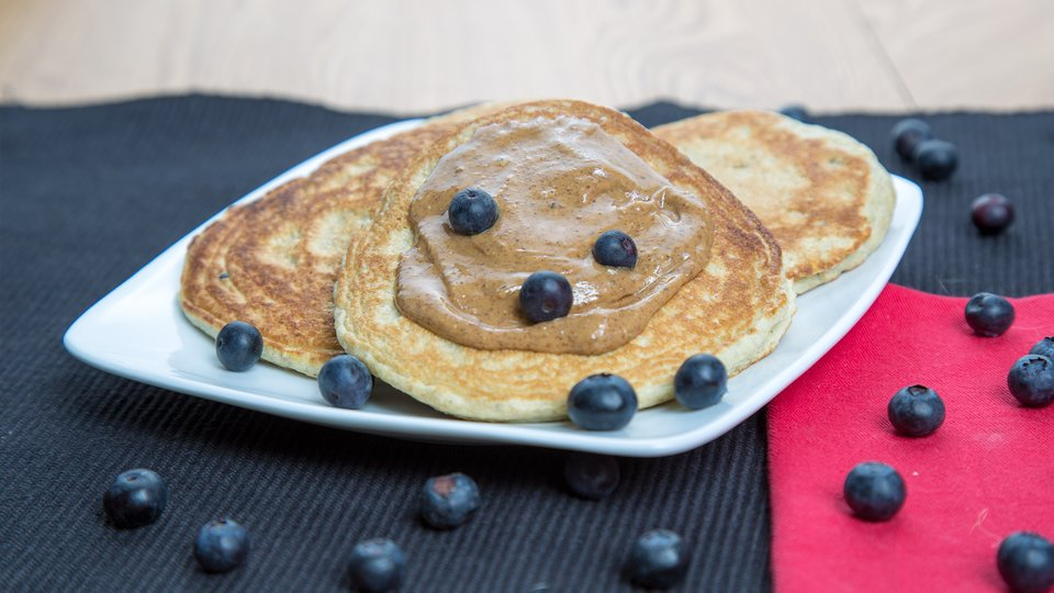 Vanilla Blueberry Protein Pancakes