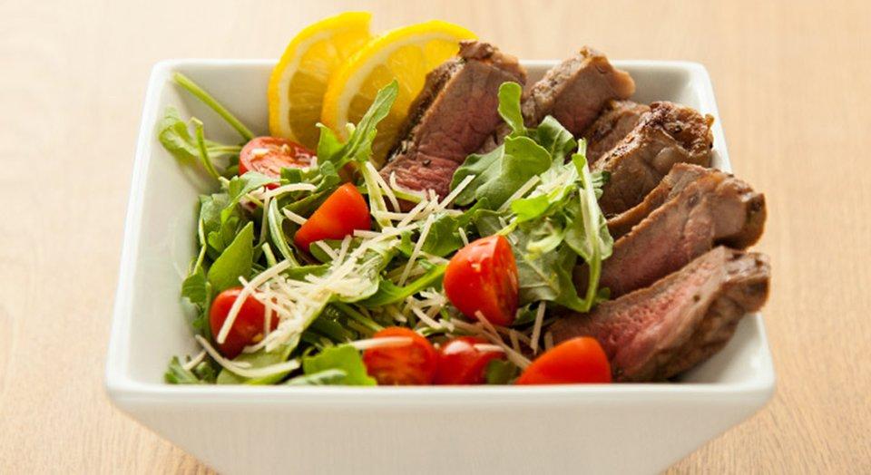 FreakMode Recipes: Steak And Arugula Salad