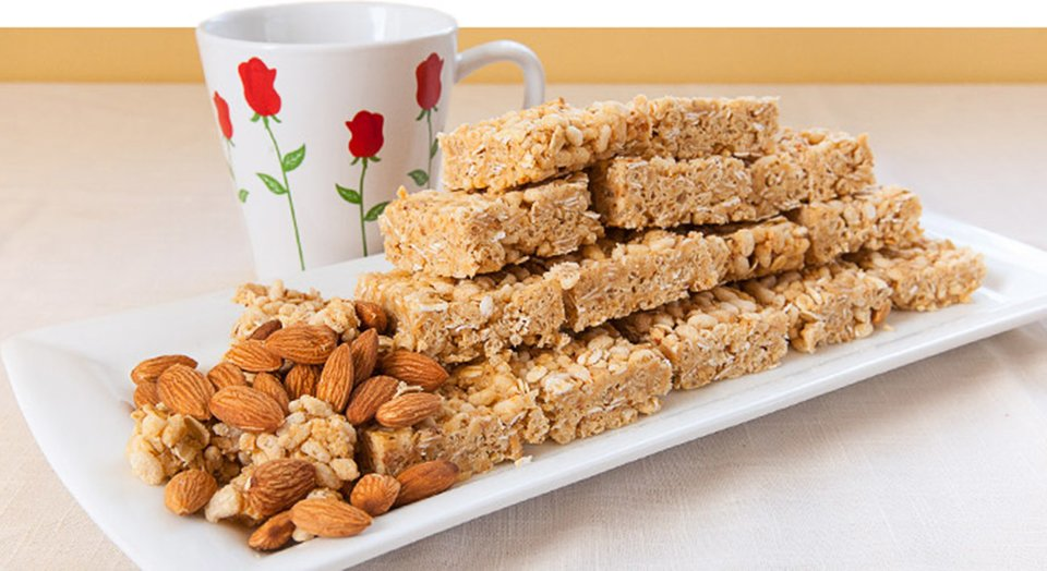 Jamie Eason's Honey Almond Protein Crisp