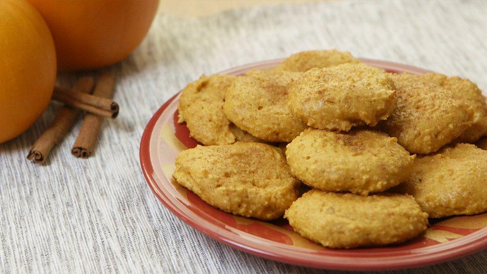 Pumpkin Snickerdoodle Protein Cookies