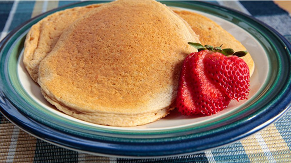 Jamie Eason's Post-Pregnancy Recipes: Pumped-Up Pancakes