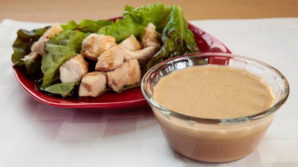 Jamie Eason's Post-Pregnancy Recipes: Thai Peanut Sauce