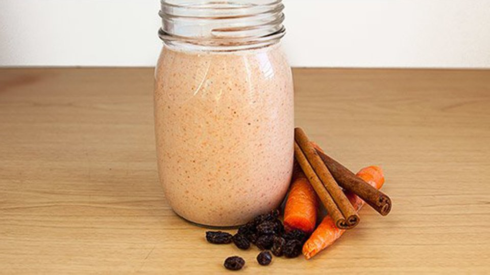 Carrot Cake and Oatmeal Cookie Smoothie