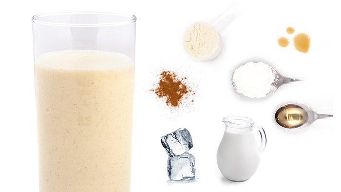 cinnamon roll protein shake