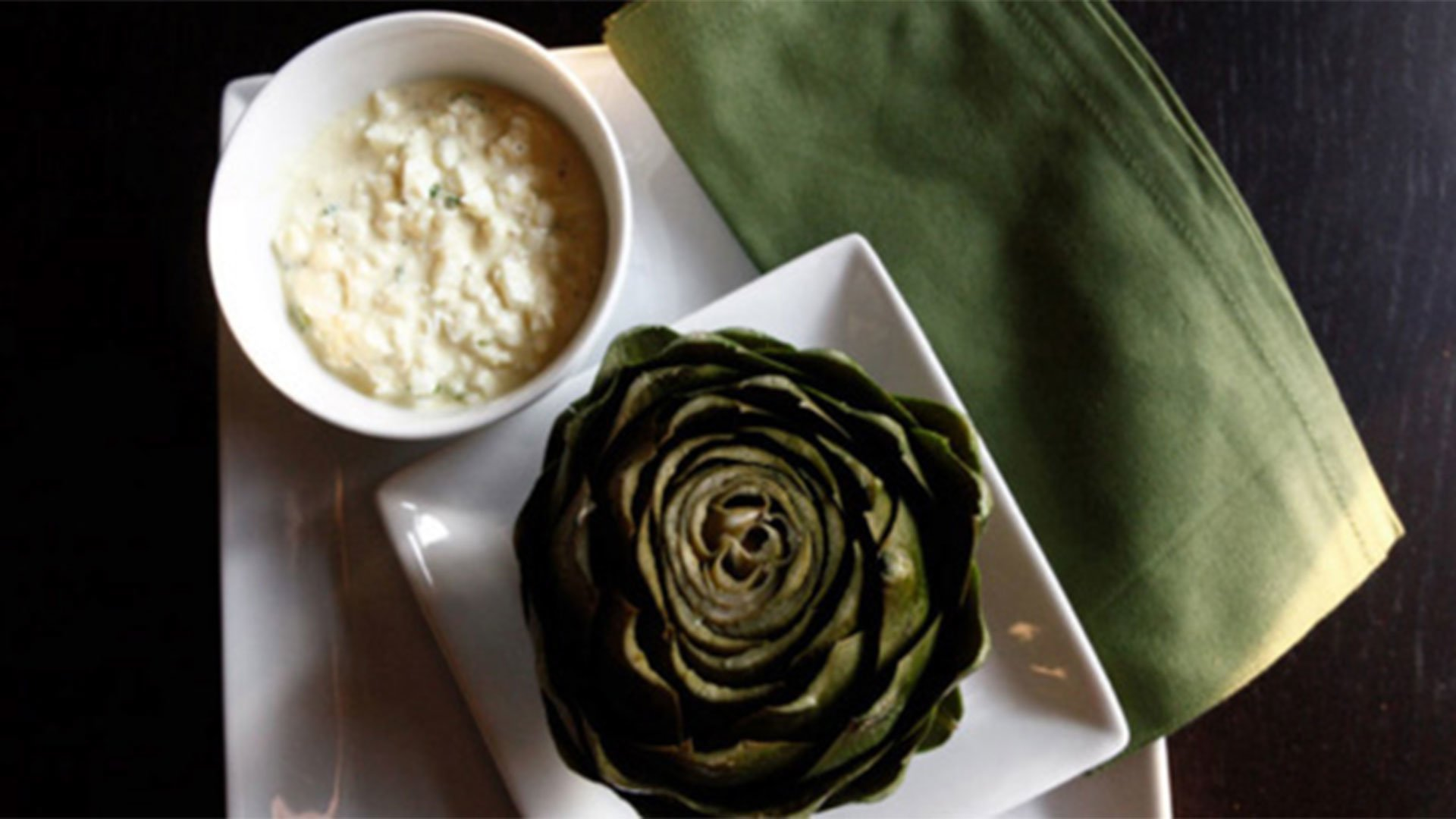 Artichoke and Dipping Sauce