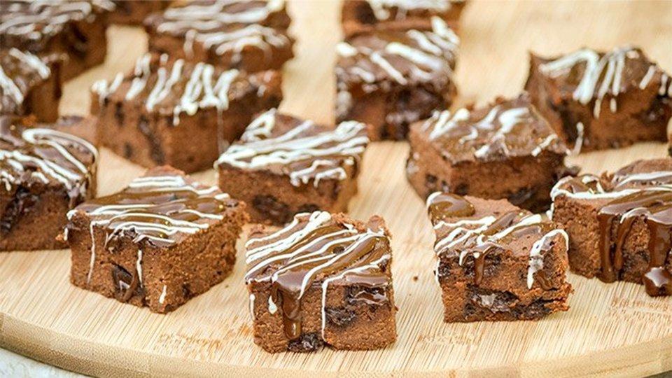 Triple Chocolate Fudge Protein Brownies