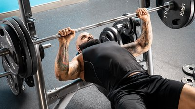Build A Crazy Bench With Fewer Injuries Using Conjugate Training