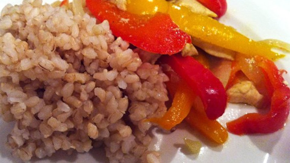 Chicken And Peppers With Brown Rice