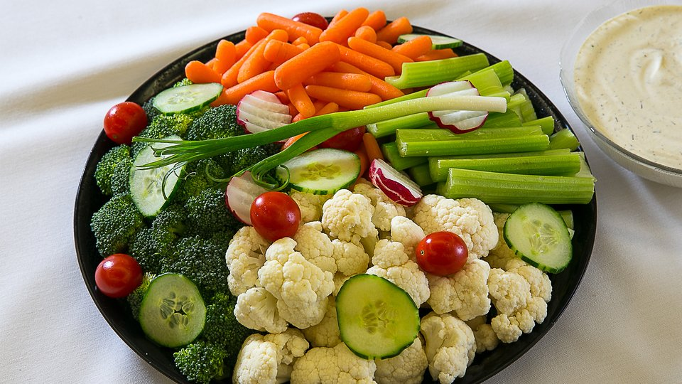 Raw Veggies with Ranch Dip