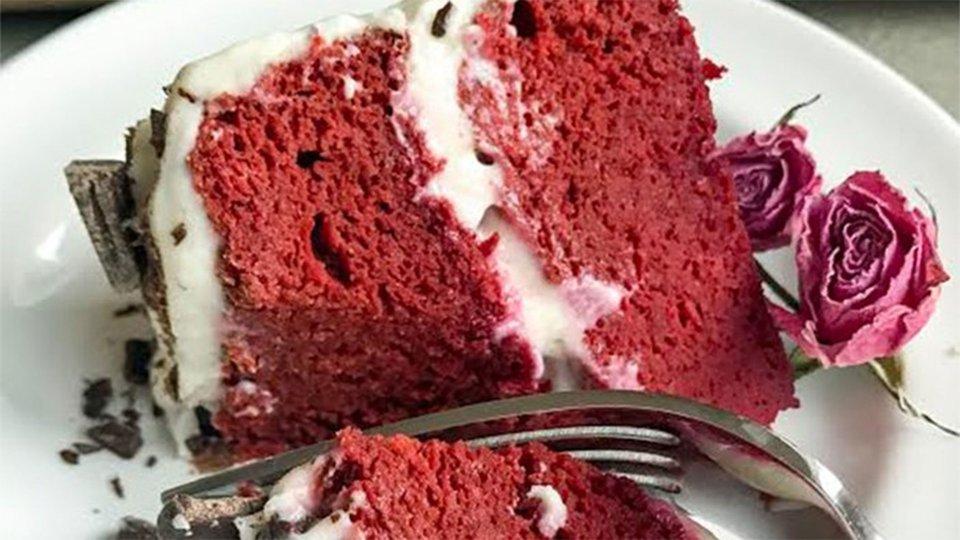 Red Velvet Protein Cake