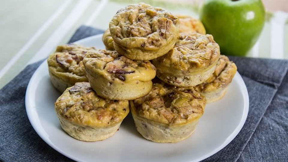Bacon And Apple Egg Muffins