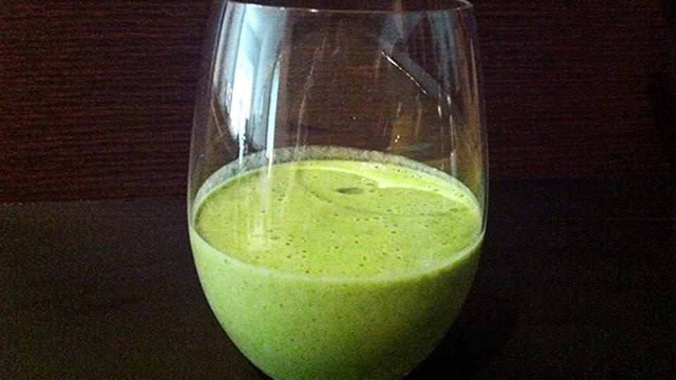 Green Chia Protein Smoothie