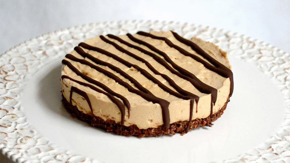 Jamie Eason's Peanut-Butter Chocolate Protein Pie!