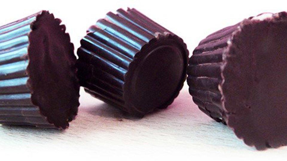 Strawberry Protein-Filled Dark Chocolate Bites