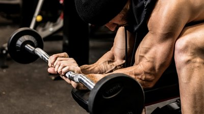 Your Goal For The Next Month? Build. Bigger. Arms.
