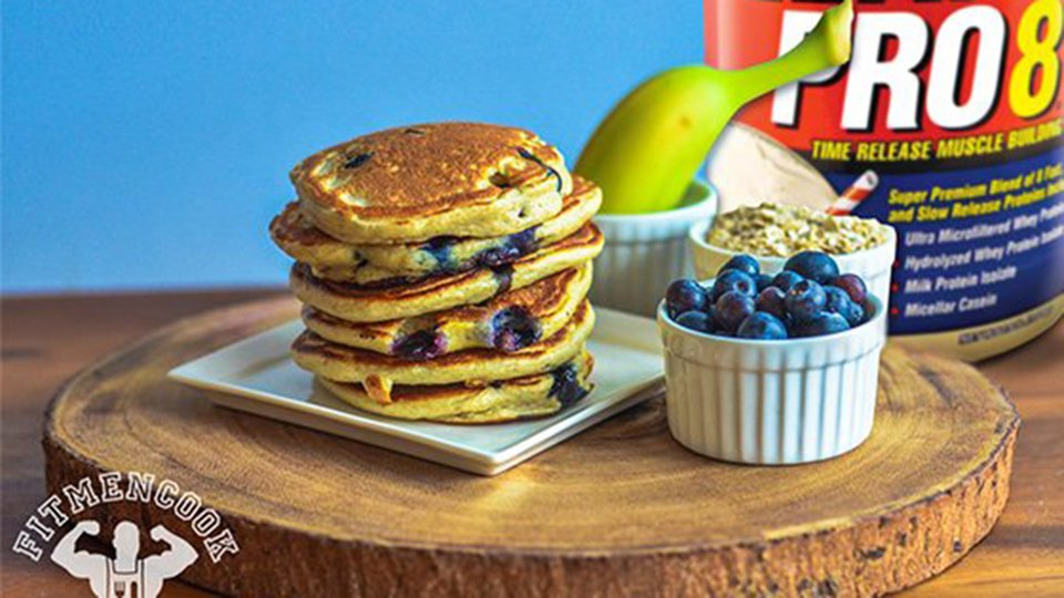 Lean Pro 8 Banana, Blueberry, and Oatmeal Pancakes