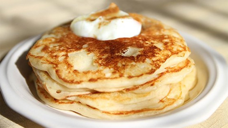 High-Protein, High-Fiber, Low-Fat Egg White Pancakes