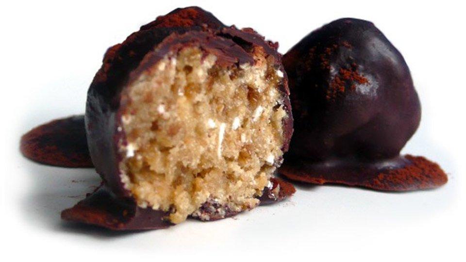 Dark Chocolate and Oat Protein Truffles