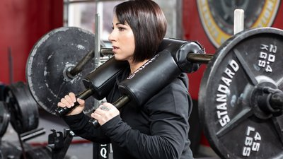 6 Reasons to Train with a Safety Squat Bar