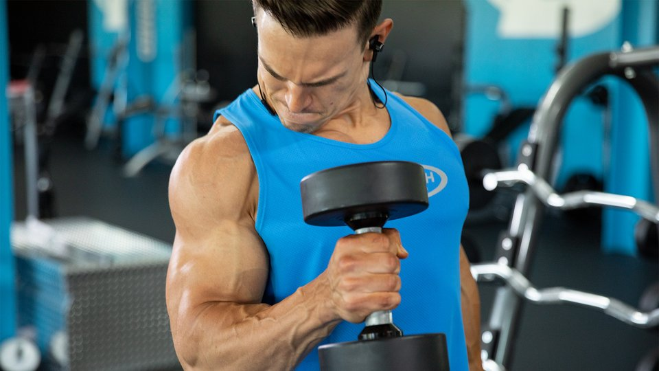Get an Unreal Biceps Pump in Just 2 Moves   Bodybuilding com