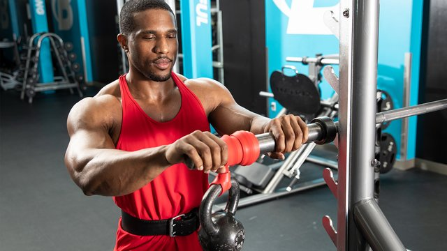 The Barbell Wrist Roller for Bigger Arms and Improved Grip Strength