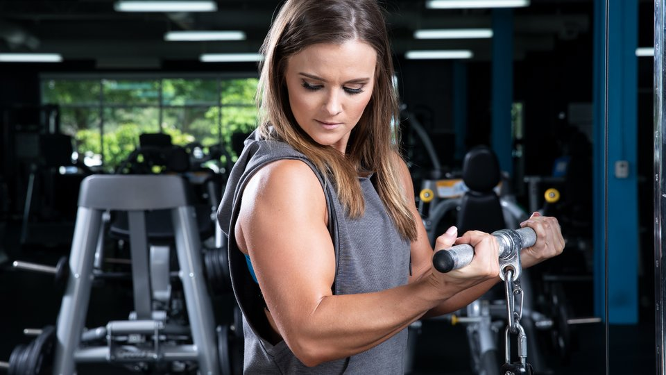 Arm Workouts For Women 3 Workouts To Build Size And Strength Bodybuilding Com