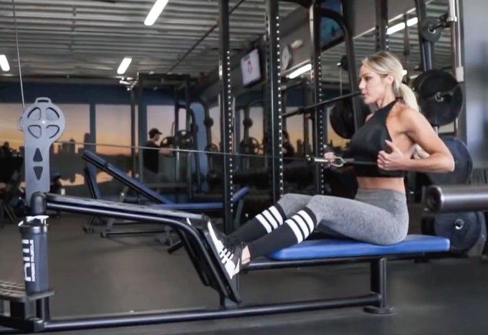 Tawna Eubanks S 30 Min Upper Body Workout For Women Bodybuilding Com