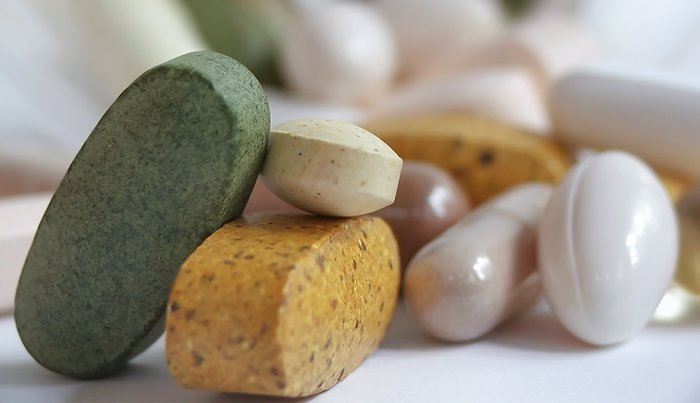 Are My Vitamins and Supps Safe After the Expiration Date?