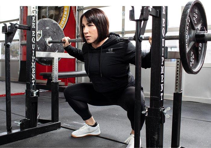 El problema que tiene al elevar su RP al poder todo el tiempo es que puede causarle fatiga muscular, agotamiento mental y sobreentrenamiento, y lesiones que terminan en una carrera.