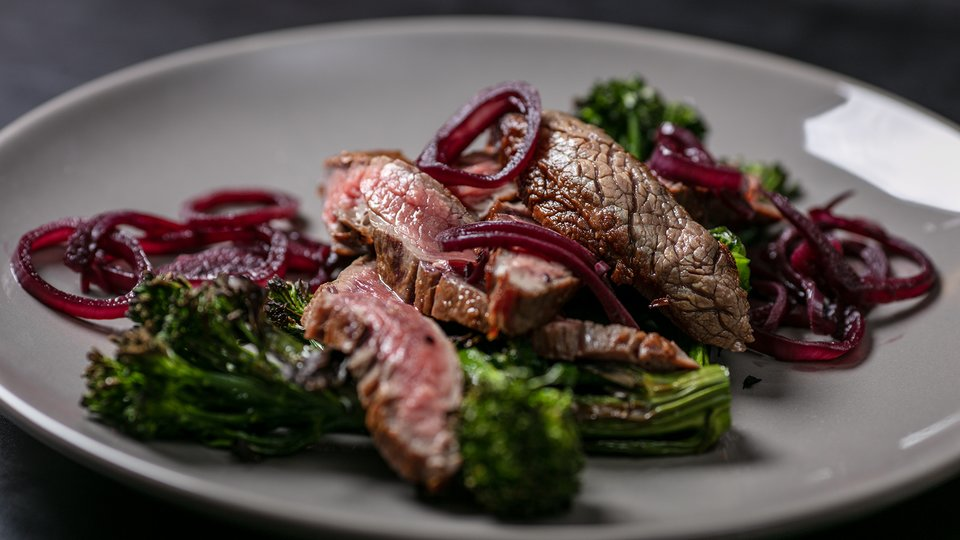 MetaBurn90: Flat Iron Steak with Shallots and Broccolini