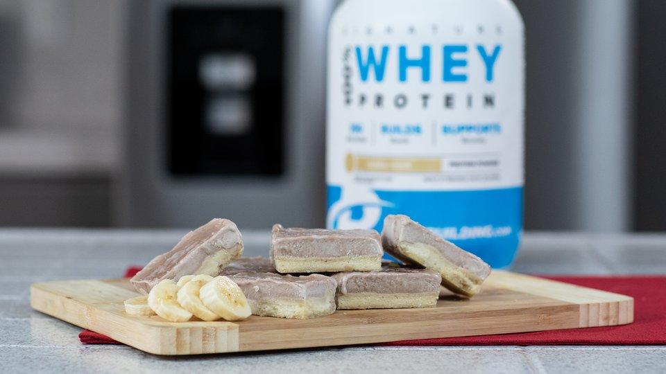 Protein Banana Cream Pie Bars
