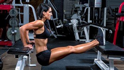 Lift Like Latona: Amanda Latona's 5 Favorite Exercises!