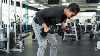 The Triple-Duty Shoulder and Trap Exercise Your Upper Body Needs