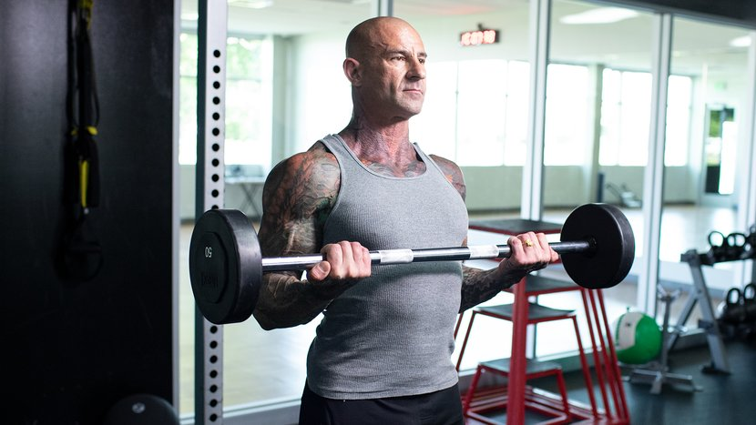 Jim Stoppani Performing Biceps Curls