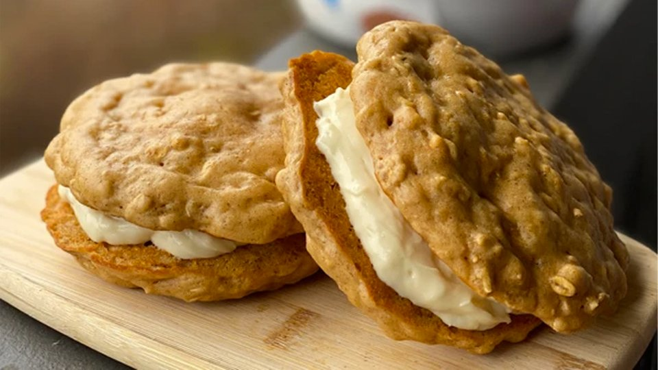 Giant Protein Oatmeal Cream Pie