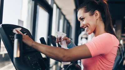 6 Gym Etiquette Musts in the Time of Coronavirus