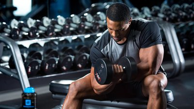 The 4-Exercise Dumbbell Workout for Bigger, Stronger Biceps