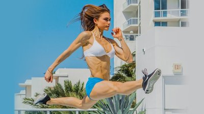 How This Personal Trainer Took Back Her Body from Anorexia