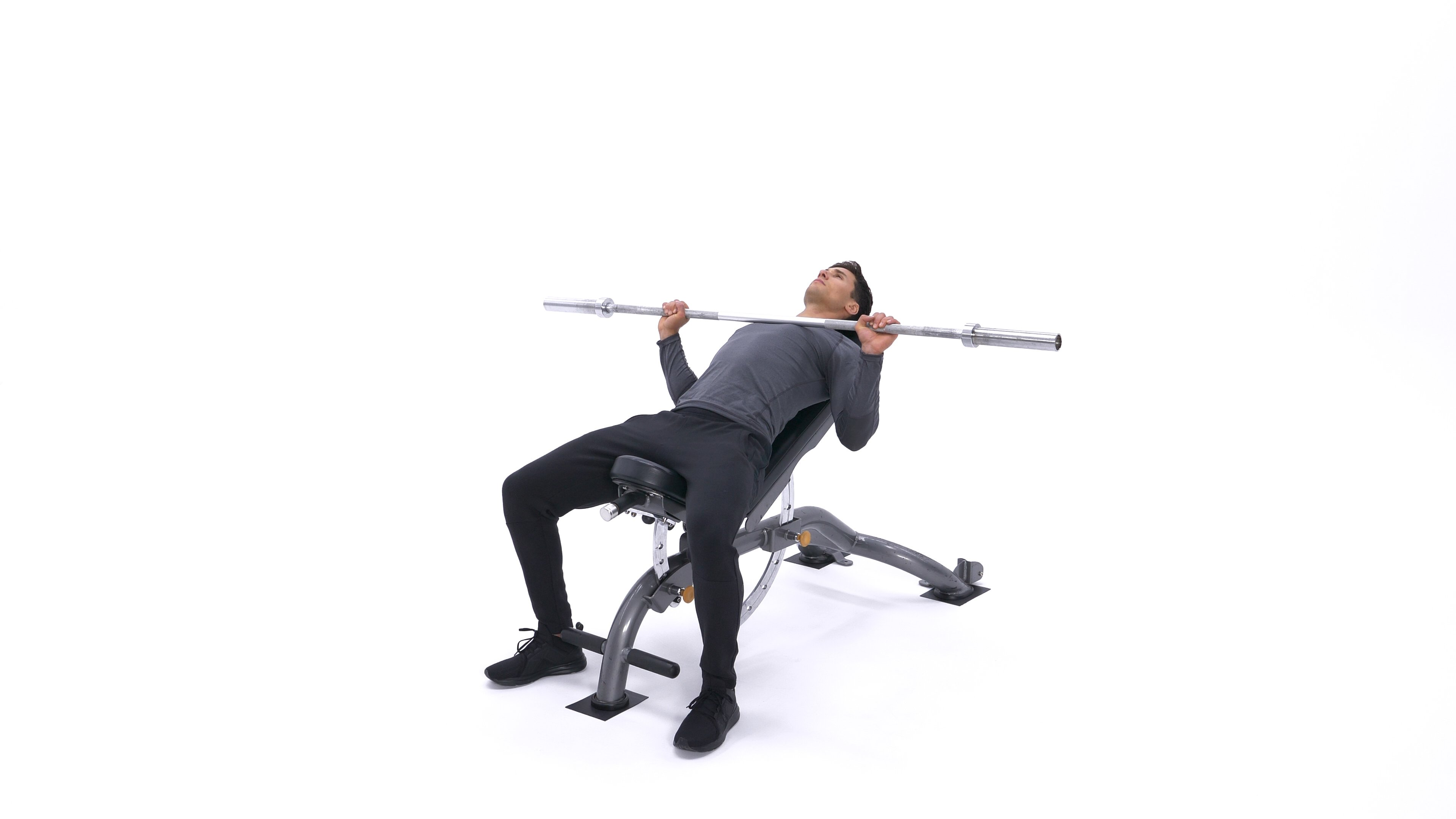 Barbell Incline Bench Press Medium-Grip image