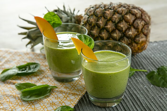Greens supplements smoothie