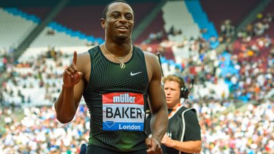 Chasing Greatness Keeps Ronnie Bakeron Track banner